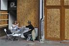 Ein Unternehmen plant, 10 Tausenden Staub Londons von den Plasterungen zu sammeln, um ihn zu Bargeld zu machen.