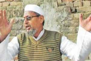 \'Lashkar\' imams spent night at my home after riots, says UP headmaster