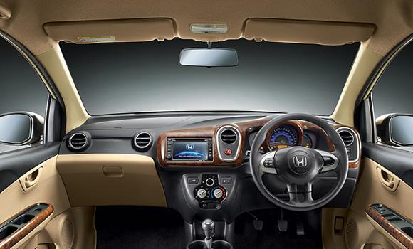 Honda Mobilio-Interiors