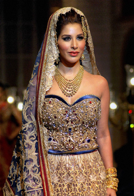 Dubai Bridal Fashion Show 2014 Bridal Week