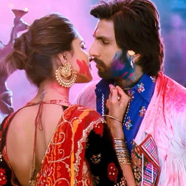 Deepika Padukone and Ranveer singh in 'Ram Leela'. (Still)